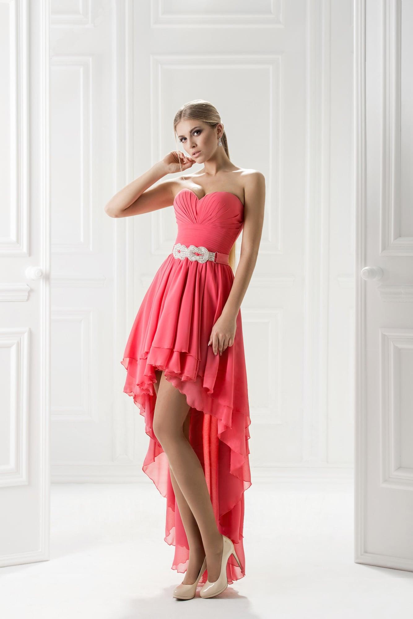 Вечерние платья в zara