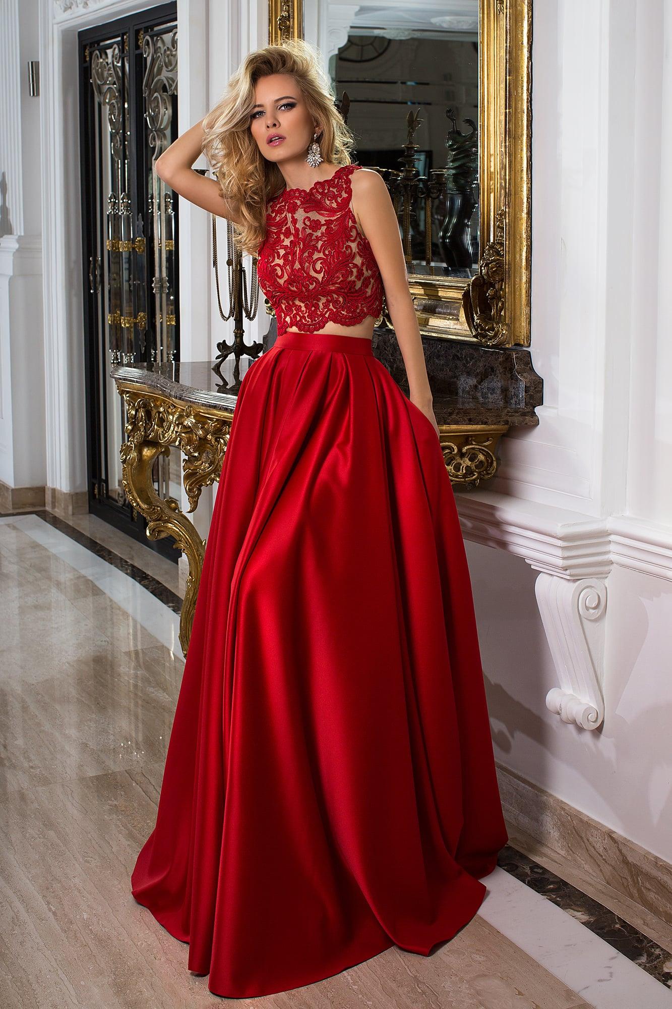 4152d4b419e Красное атласное платье Oksana Mukha 16-1033. Купить вечернее платье ...