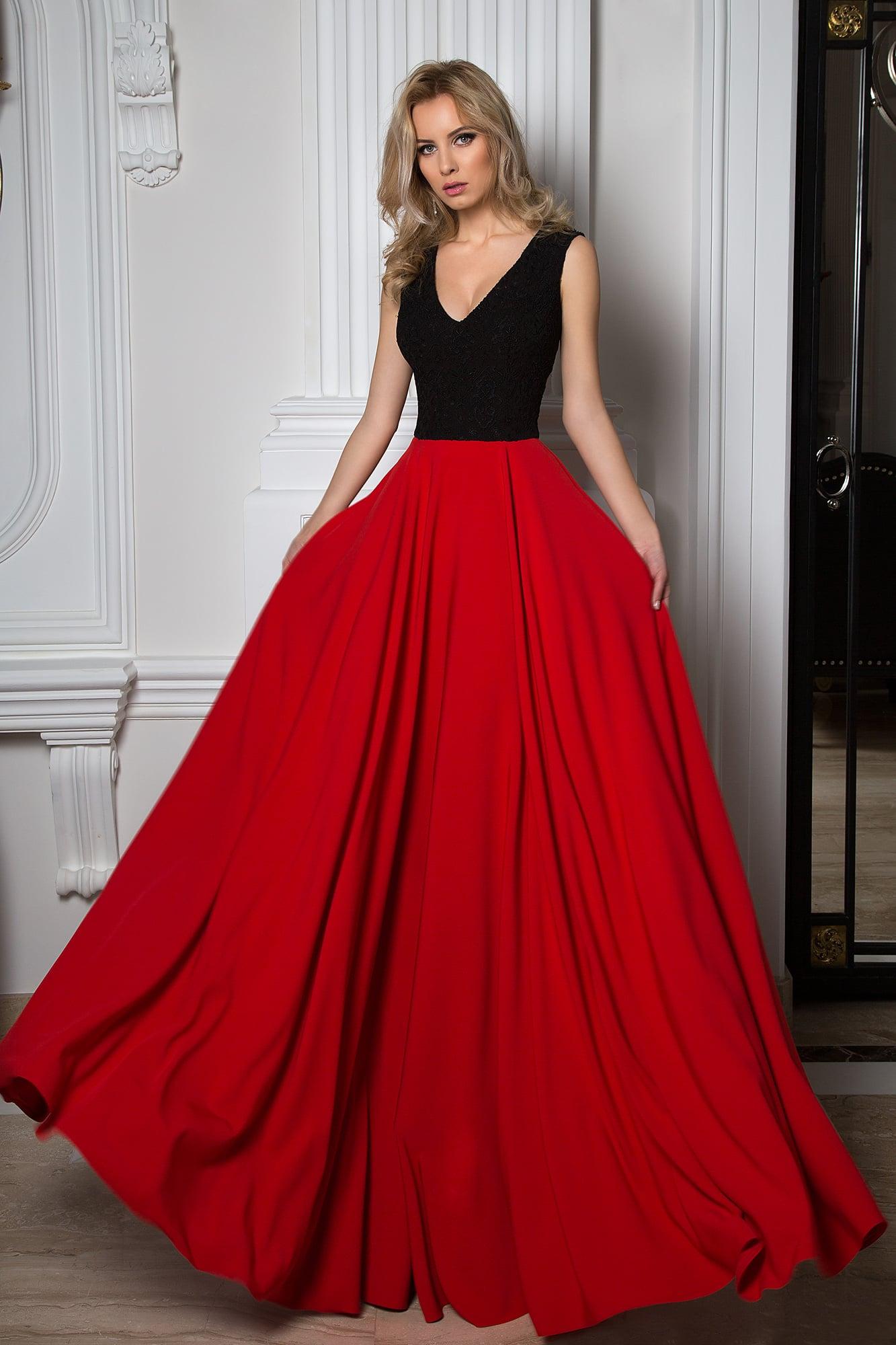 d2e97dac0df88a9 Изысканное вечернее платье с черным фактурным корсетом и яркой алой юбкой.