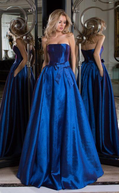 Праздничное синее платье