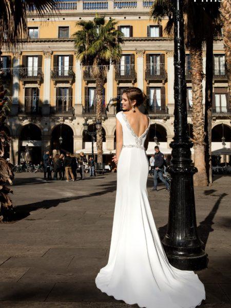 92c81a5e6cb Модные свадебные платья с открытой спиной
