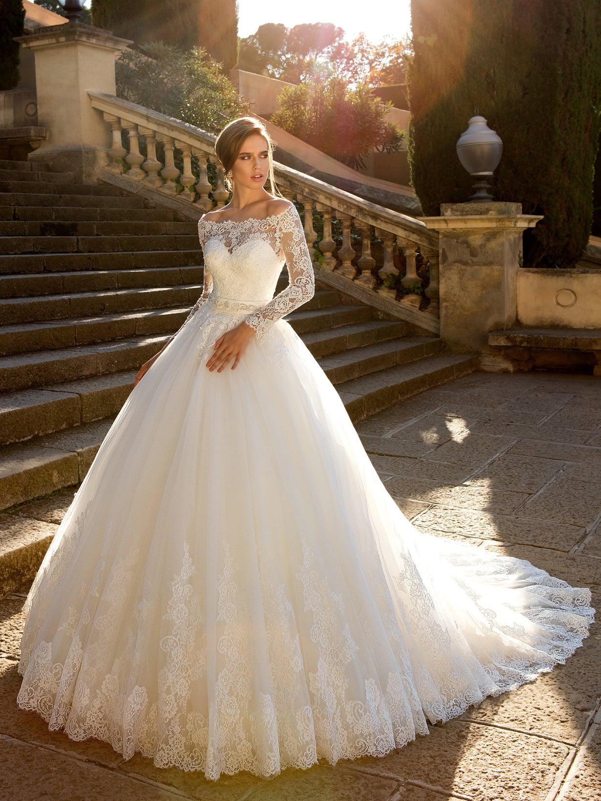 Свадебное платье шикарное картинки