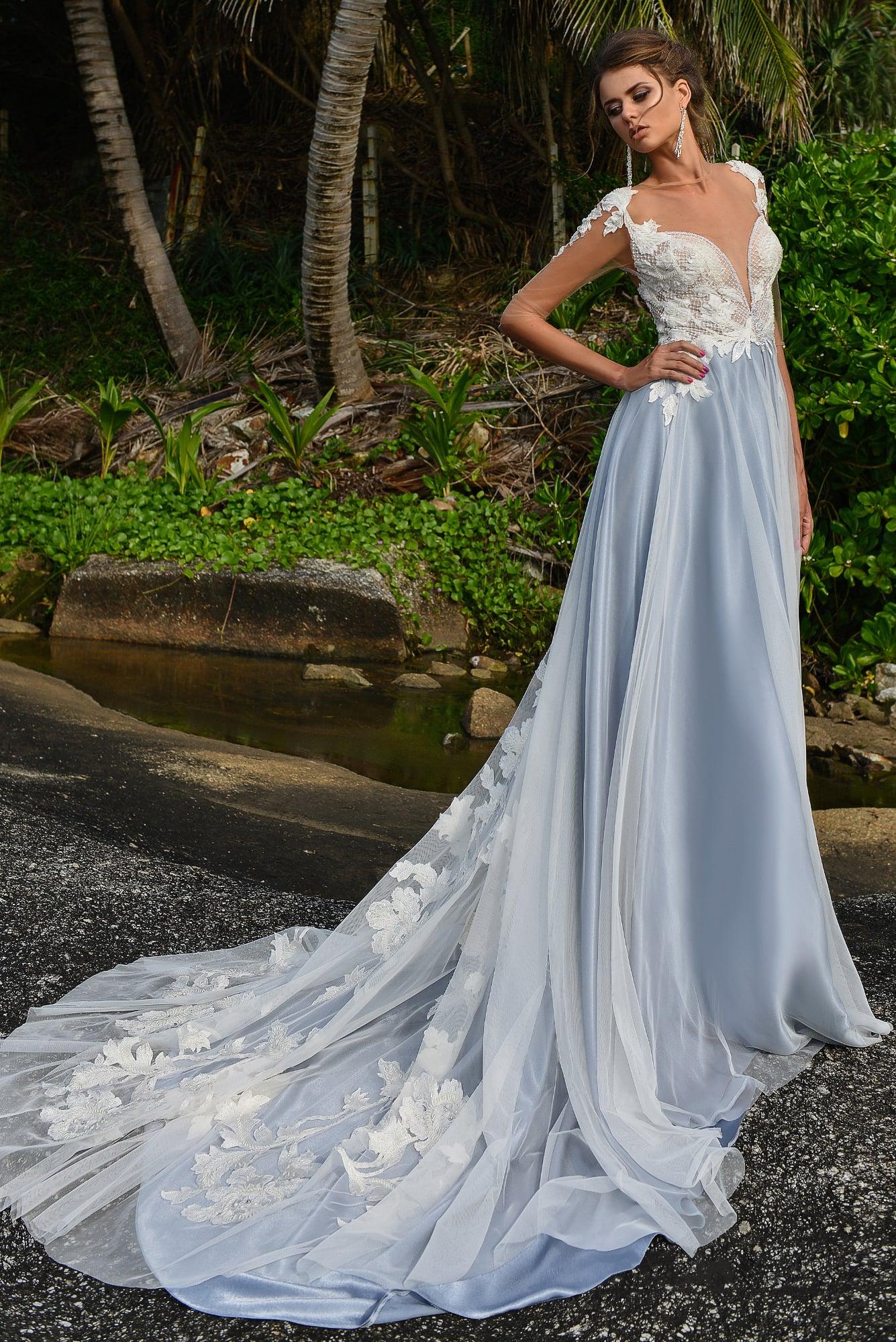 Свадебное голубое платье фото