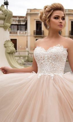 Золотисто-розовое свадебное платье