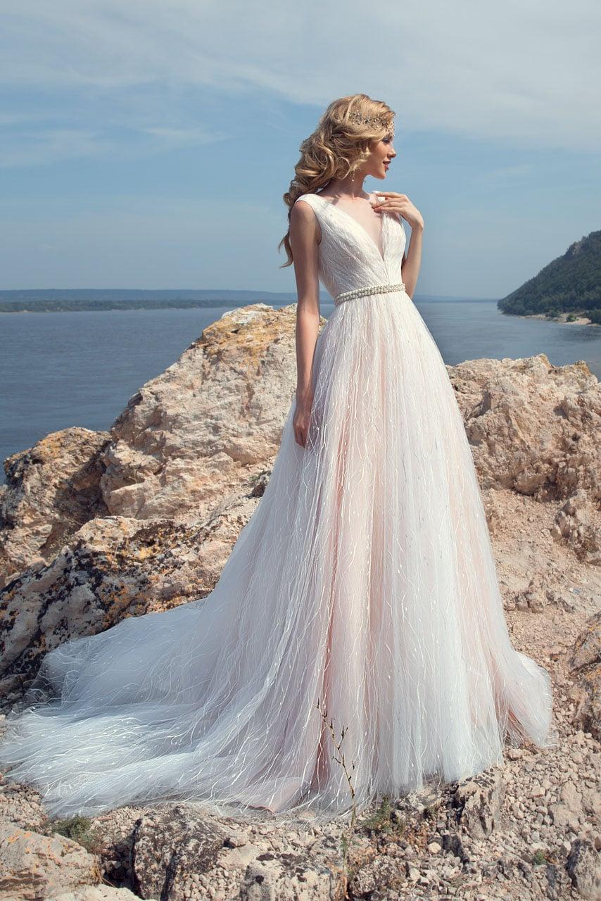 Свадебные платья аделина