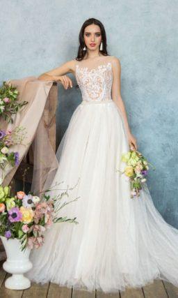 Свадебное платье А-силуэта