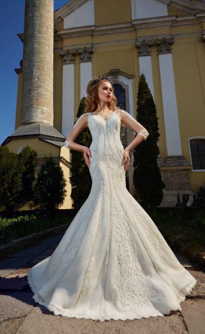 Свадебное платье с необычным узором