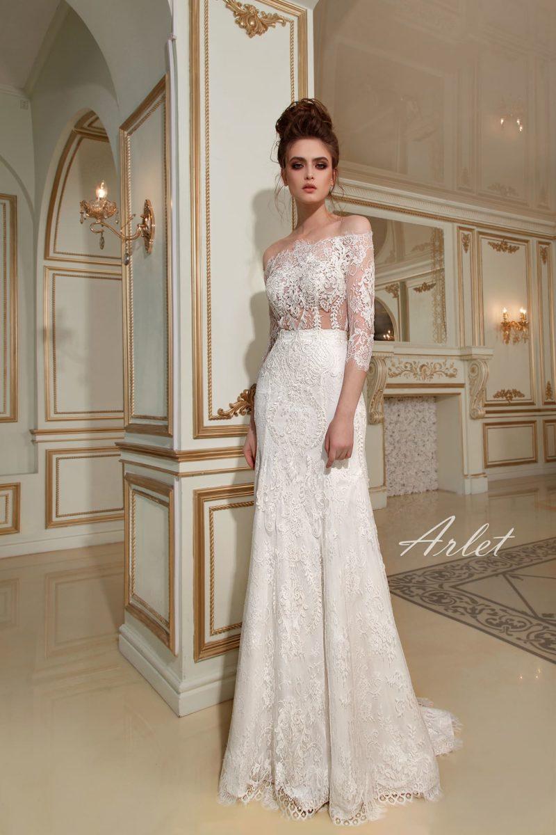 Кружевное свадебное платье «русалка» с полупрозрачным лифом с эффектным портретным декольте.