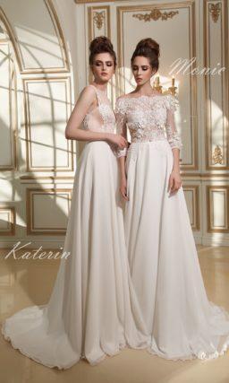 Стильное свадебное платье прямого кроя с элегантным фактурным кружевом по верху.