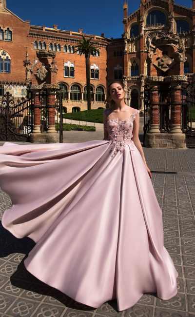 a18a8527e14 Розовое платье на выпускной Tapiessa