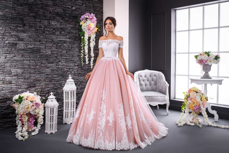 такая картинки свадебного платья не пышного цветения нашего времени