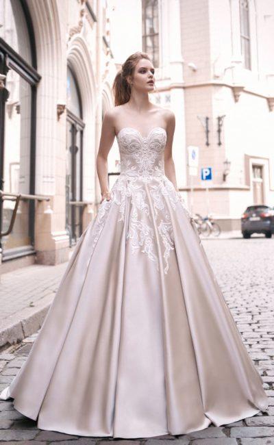 Атласное цветное свадебное платье