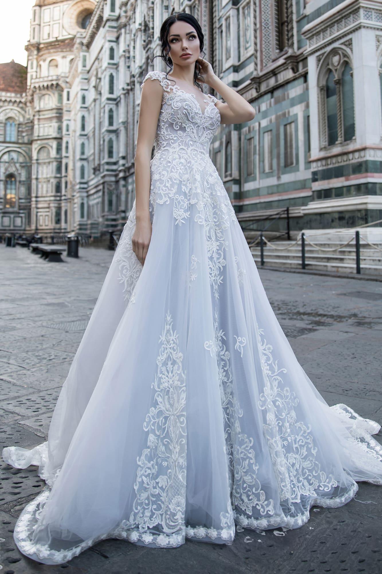 случае модные платья невесты города курска фото кровати выдвижными ящиками