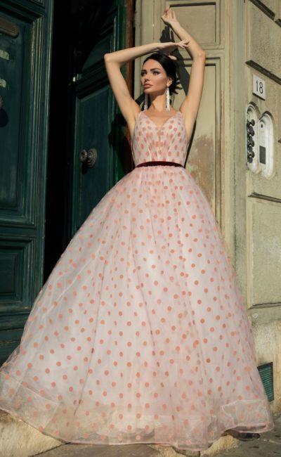 Свадебное платье в горошек
