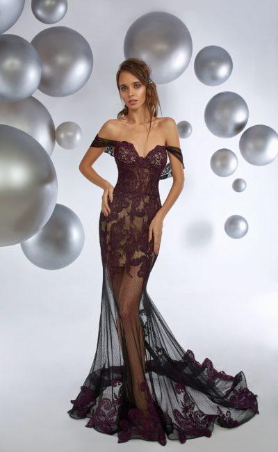 Вечернее платье с фиолетовым кружевом и полупрозрачной юбкой.
