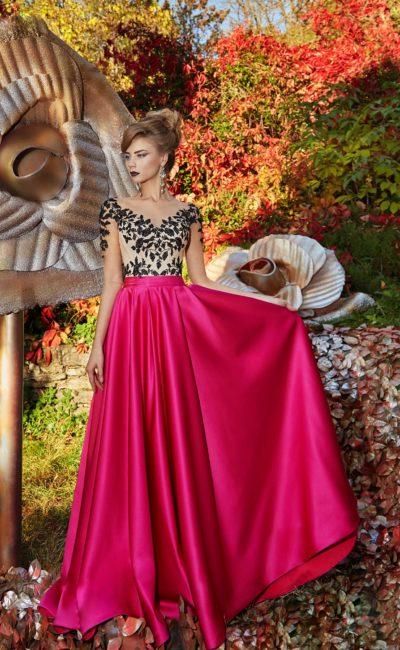 Выпускное платье с малиновой юбкой