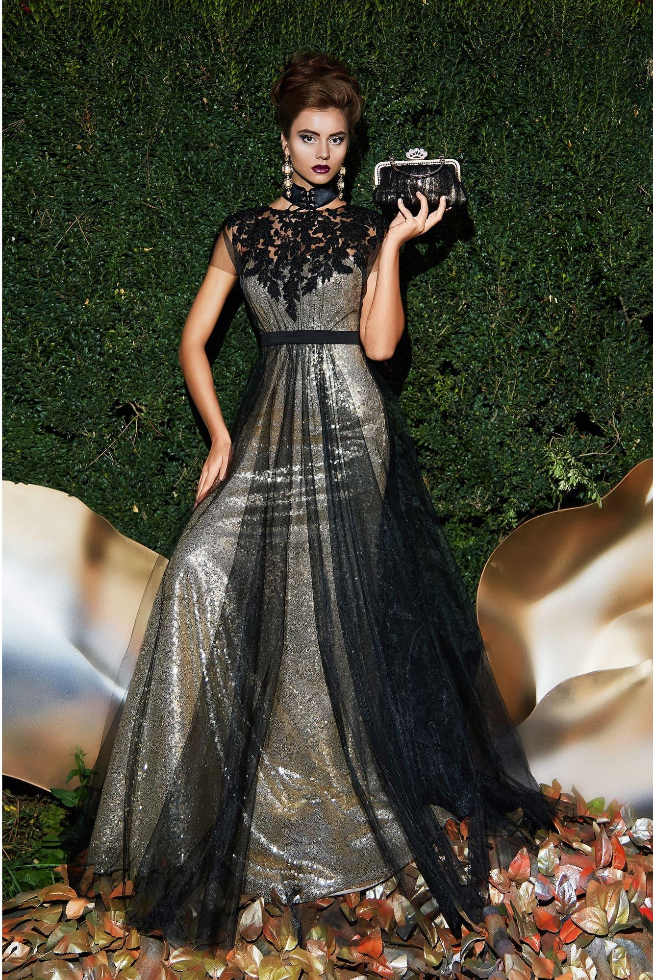 c6b26f48ba2 Сияющее вечернее платье с полупрозрачным черным верхом и кружевным декором.