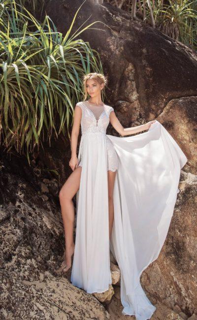 Пляжное свадебное платье-мини