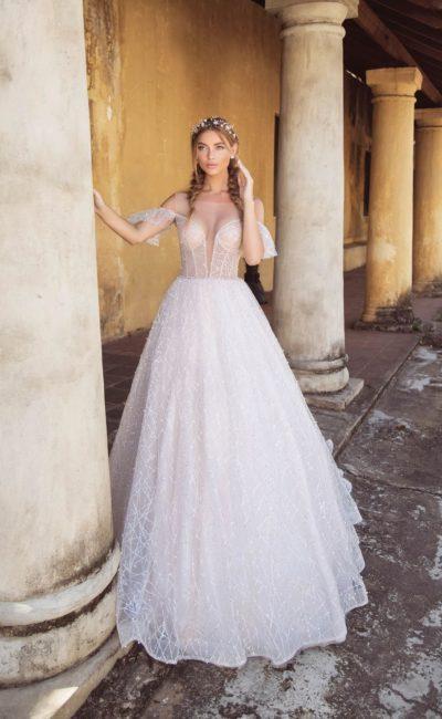 Платье с расколотым корсетом