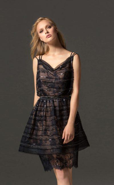 Коктейльное короткое черное платье
