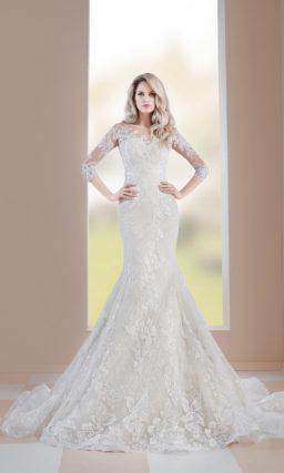 Свадебное платье «рыбка» с элегантным рукавом и кружевом по всей длине.