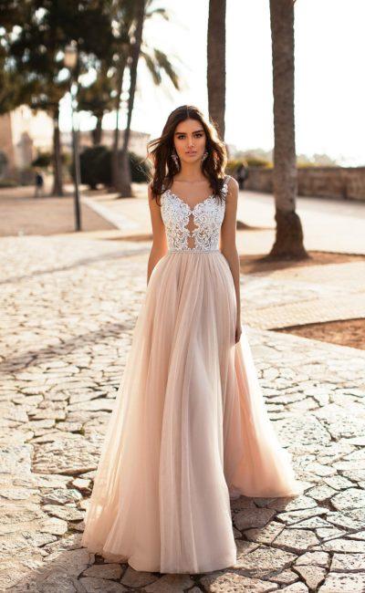Свадебное прямое платье