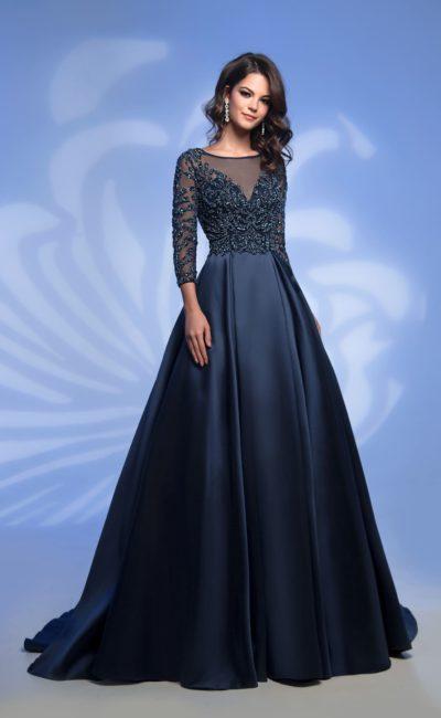 Вязаные платья для женщин крючком со схемами