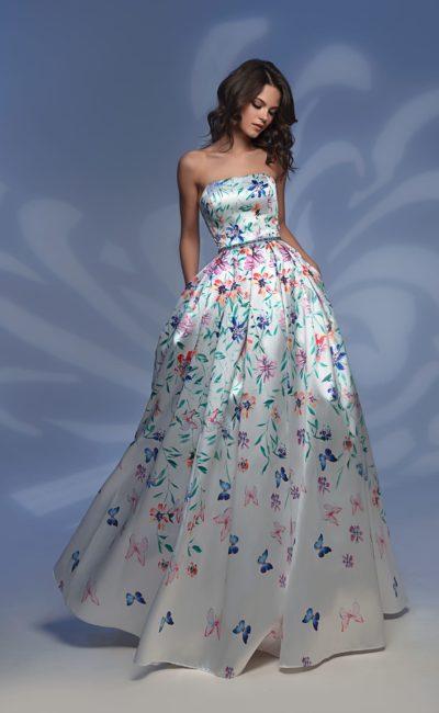 Стильное платье в пол