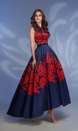 Сине-красное вечернее платье с объемной юбкой с укороченным подолом.