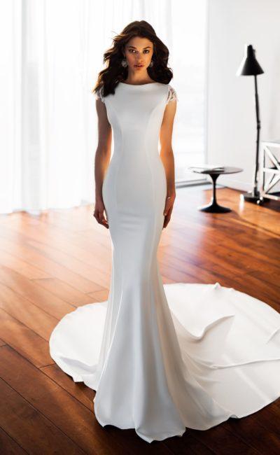 Платье «рыбка» с открытой спинкой