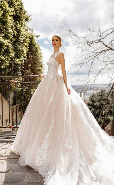 f567ece1876 Кремовое свадебное платье Jakline