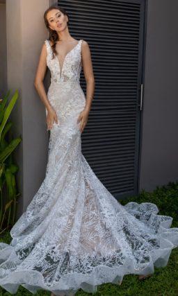 Свадебное платье «русалка» с кружевом по всей длине.