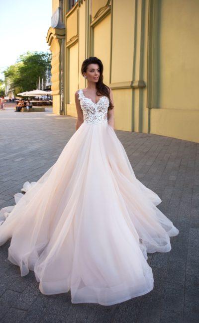 свадебное платье для торжественной свадебной церемонии
