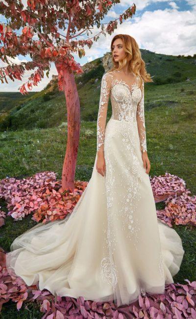 Свадебное платье цвета айвори с длинными рукавами