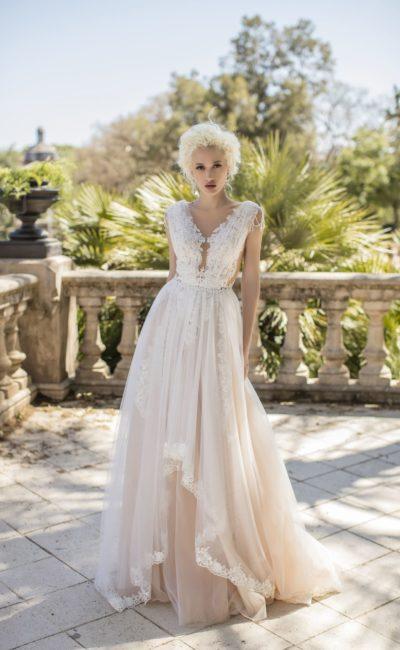 Романтичное свадебное платье