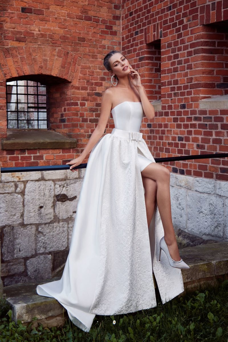 оригинальное свадебное платье-трансформер