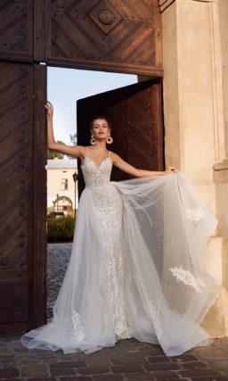Утонченное свадебное платье силуэта «русалка»