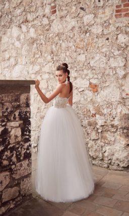 Пышное свадебное платье-бюстье
