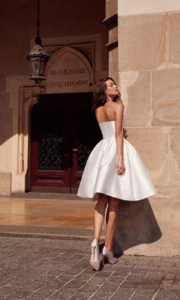 Свадебное платье по колено