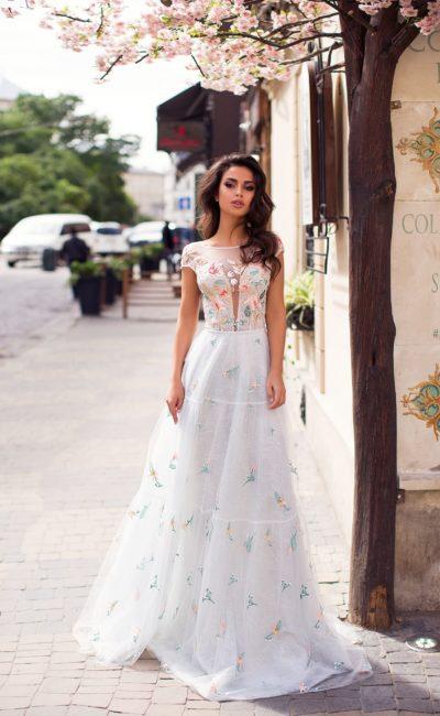 Белое выпускное платье