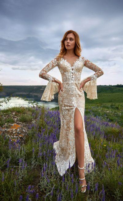 Облегающее кружевное свадебное платье