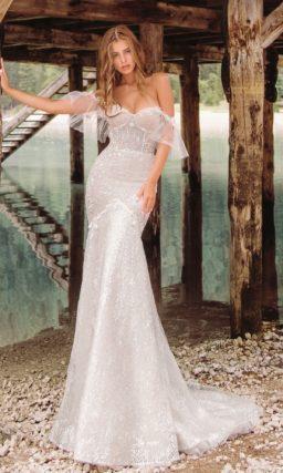 Cеребристо-жемчужное свадебное платье с открытым корсетом