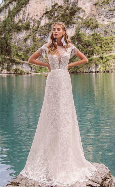 платье с узорчатым кружевом