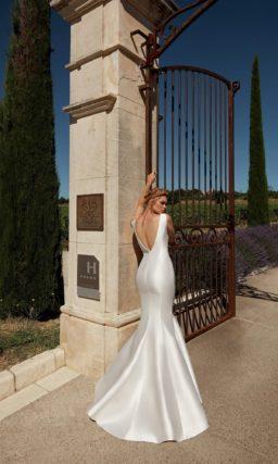 Свадебное платье с элегантным «русалочьим» силуэтом