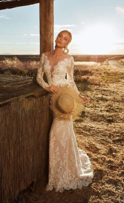 свадебное платье бежевого оттенка