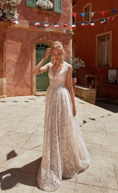 свадебное блестящее современное платье