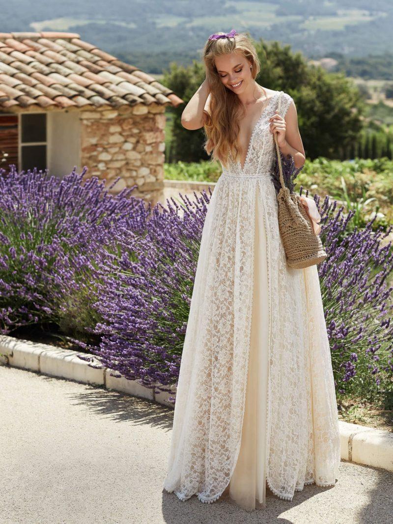 Кружевное свадебное платье бохо