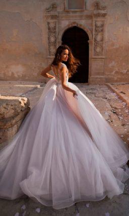 Королевское свадебное платье
