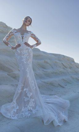 Изысканное свадебное платье нежно-бежевого оттенка