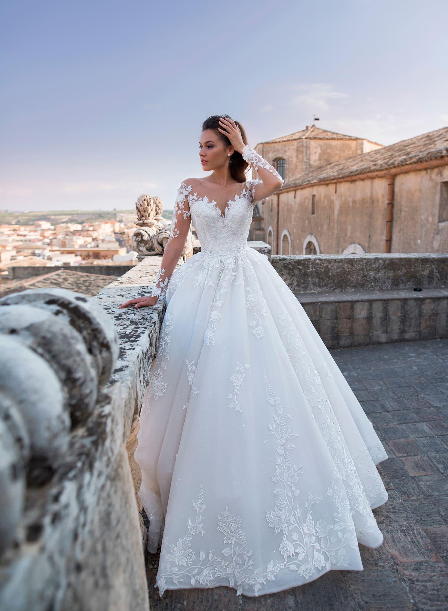 de9213c01c9 Свадебное платье Lussano Bridal Angelica 19039. Купить свадебное ...